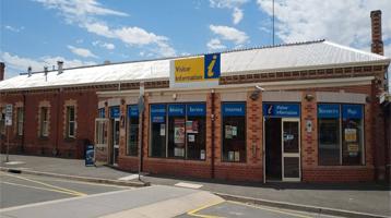 Statesman Motor Inn